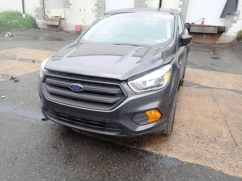 ����� Ford Escape �� ��� � �������� ������